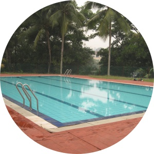 UKM swimming lessons
